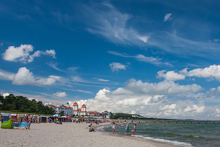 Urlaub am Strand von Binz auf der Insel Rügen