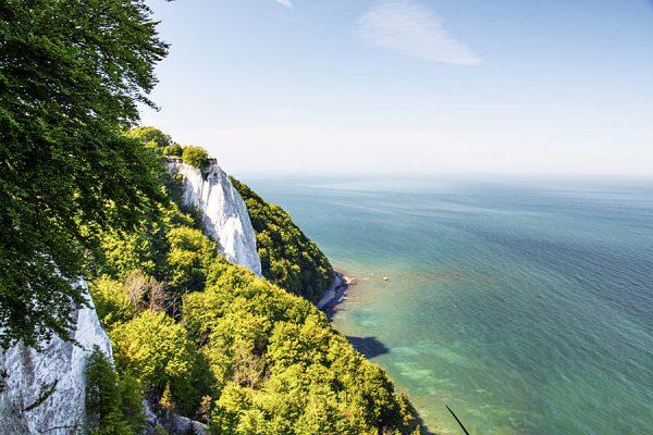Kreidefelsen mit Königsstuhl und Ostsee auf Rügen